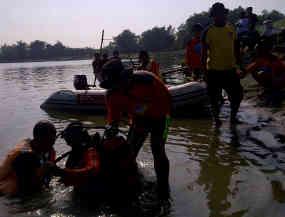 7  Tewas, pencarian korban perahu terbalik di Bengawan Solo dilanjutkan