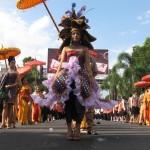 HUT KOTA SOLO : 650 Peserta Unjuk Gigi di Solo Karnaval 2016