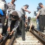 Lima baut rel di sekitar Stasiun Gawok terlepas