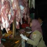 Jelang Lebaran, Disnakkan dan DP2D Sidak daging