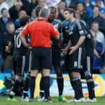 Tak bisa kontrol emosi pemain, FA denda Chelsea