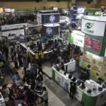 PAMERAN KOMPUTER SOLO : Smartphone dan Netbook Banjiri SCB 2014