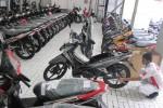 PENJUALAN SEPEDA MOTOR : DP Motor Baru Rendah, Penjualan Motor Bekas Lesu