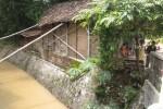 Rumah Reyot Milik Pemulung di Tanah Magersari Nyaris Roboh