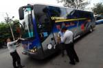 TEKAN LAKALANTAS: Puluhan Bus AKDP dan AKAP Diperiksa Tim Gabungan