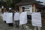 Dinilai Angkuh, CAMAT TAWANGSARI DIPROTES