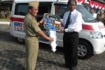 MOBIL AMBULANS: BRI Sukoharjo Sumbang Ambulans ke Pemkab