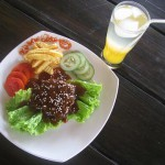 KULINER: Steak Jamur Sehat Soma Yoga