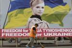DEMO DI EURO 2012: Fan Zone Malah Jadi Ajang Kampanye Politik