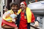 EURO 2012: Krisis Ekonomi Mencekik, Nonton Bola Harus Jalan Terus