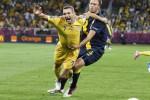 Dua Gol Shevchenko Menangkan Ukraina 2-1 Atas Swedia