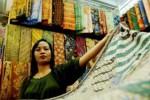 PASAR JOHAR TERBAKAR : Pengrajin Batik Pekalongan Ikut Terpuruk