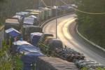 KEMACETAN: Antrean Truk di Merak Enam kilometer