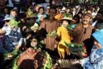 HARI PANGAN SEDUNIA: Ada Gunungan Makanan Sehat di Car Free Day