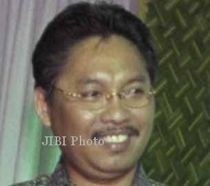 PILKADA SOLO 2015 : Spanduk Anung-Fajri Mulai Marak
