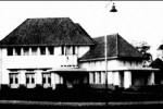 DARI LOJI GANDRUNG KE TAMAN SUROPATI 7 (I): Rumah Dinas Gubernur DKI Dulu Ditempati Walikota Belanda