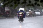 Prakiraan Cuaca, Hujan Lebat Disertai Petir Terjadi di Jateng Besok
