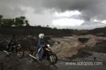 LAHAR DINGIN MERAPI : Sleman Utara Hujan Lebat, Banjir Lahar Mengancam
