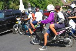 PENDIDIKAN SOLO : Pelajar Naik Motor ke Sekolah, Surat Tilang Menanti