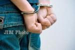 PENCURIAN TRENGGALEK : Kuras ATM Tetangga, Warga Panggul Ditangkap Polisi