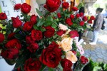 BISNIS BUNGA : Hari Valentine dan Pelantikan Kepala Daerah Menjadi Berkah Pedagang Bunga