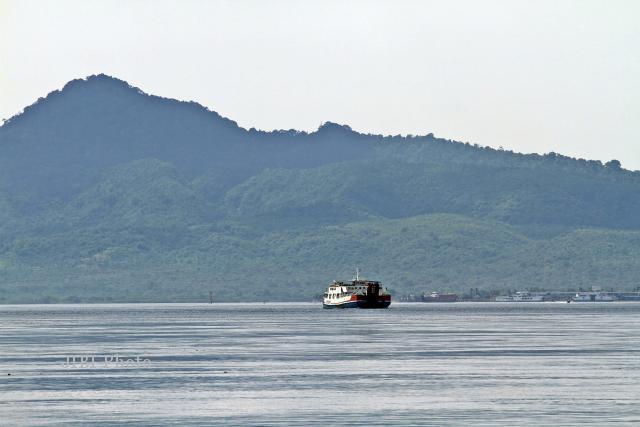 Cuaca Ekstrem, Penyeberangan Merak-Bakauheni Ditutup