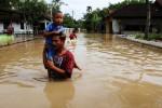 BENCANA SEMARANG : Hujan Deras, 2 Sungai Besar Meluap, 33 Keluarga Korban Banjir Diungsikan