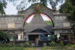 SENGKETA SRIWEDARI : Warga Solo Pasang Badan Selamatkan Sriwedari