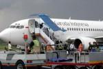 Ilustrasi aktivitas apron Bandara Husein Sastranegara, Bandung. (JIBI/Harian Jogja/Bisnis Indonesia)