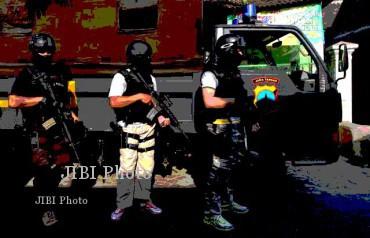 Ilustrasi penangkapan terduga teroris. (Solopos-Agoes Rudianto)