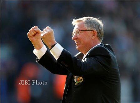 Manajer Manchester United, Alex Ferguson memenangi penghargaan sebagai Manajer of The Year Liga Premier Inggris musim ini. dokJIBI/SOLOPOS/Reuters