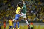 PIALA KONFEDERASI : Brasil Tundukkan Meksiko 2-0