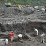 LAHAR HUJAN MERAPI : Penambang Pasir Bisa Raup Rp200.000/Hari