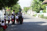 Deteksi Dini, Polisi Lakukan Patroli Jalan Kaki
