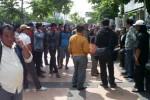 KORUPSI KASDA SRAGEN : GPM Sragen Demo di Kejakti Jateng