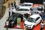 PASAR OTOMOTIF : 2013, Industri Otomotif Nasional Sumbang Rp275 Triliun