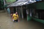 BANJIR JAKARTA : Kali Ciliwung Meluap Lagi, Genangan 1 Meter Lebih