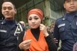 KASUS IMPOR DAGING SAPI : Sefti Sangkal Antar Uang untuk Mantan Presiden PKS