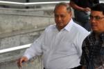 DUGAAN KORUPSI PLTU : Emir Moeis Penuhi Panggilan KPK