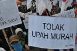 MOGOK NASIONAL : Tuntut Revisi Upah Minimum, Buruh di 12 Provinsi Demo Serentak