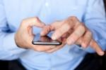 BAHAYA SMARTPHONE : Awas, Gadget Bisa Sebabkan Jerawat & Insomnia