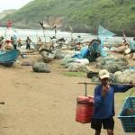 Awal Puasa Berbeda, Jumlah Pengunjung di Pantai Baron Turun