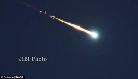 Sebuah Bola Api Besar Melesat di Langit Alabama