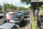 LEBARAN 2013 : Abaikan Traffic Light, Polisi Klaten Rekayasa Lalin Jalan Jogja-Solo