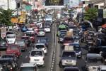 LEBARAN 2014 : Jembatan Comal Ambles, Jalan Jogja-Solo Dipadati Kendaraaan Berat