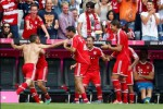 BUNDESLIGA 2013/2014 : Menangi Derby Bavarian, Bayern Pertajam Rekor