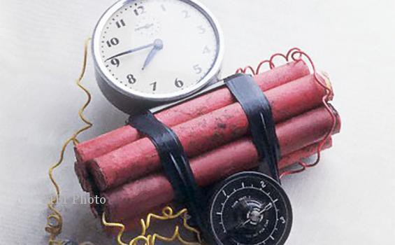 Bom Tangerang Low Explosive, Diduga Terkait Perampokan BRI