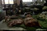 MUDIK LEBARAN 2013 : Harga Daging Tinggi, Pembeli Sepi