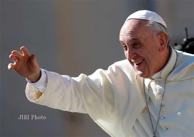 PERTEMUAN TOKOH : Paus Sebut Mahmoud Abbas