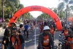 PESTA SEPEDA DJARUM 76 : Saat 2.000 Pesepeda Keliling Klaten Bersama-sama...